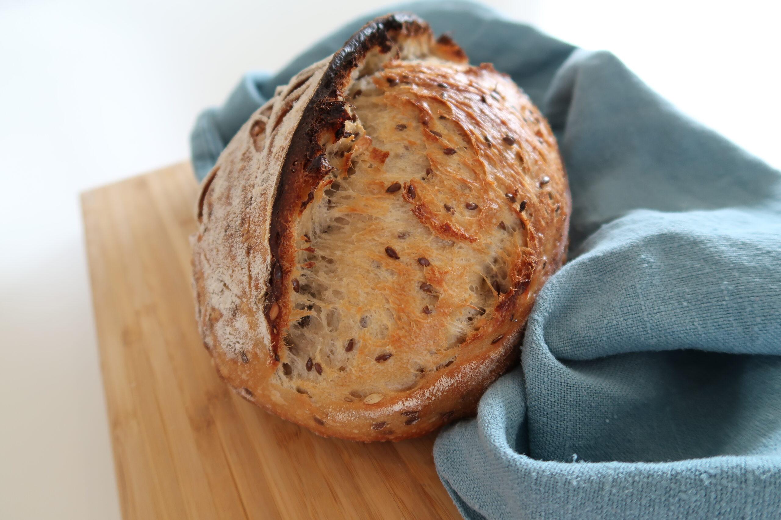 Read more about the article Hvilken metode skal man velge når man baker surdeigsbrød?